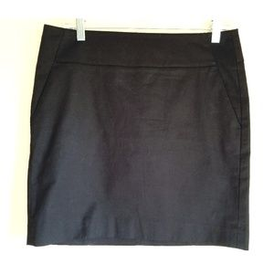 Ann Taylor Balck Cotton Blend Pocketed Black Skirt